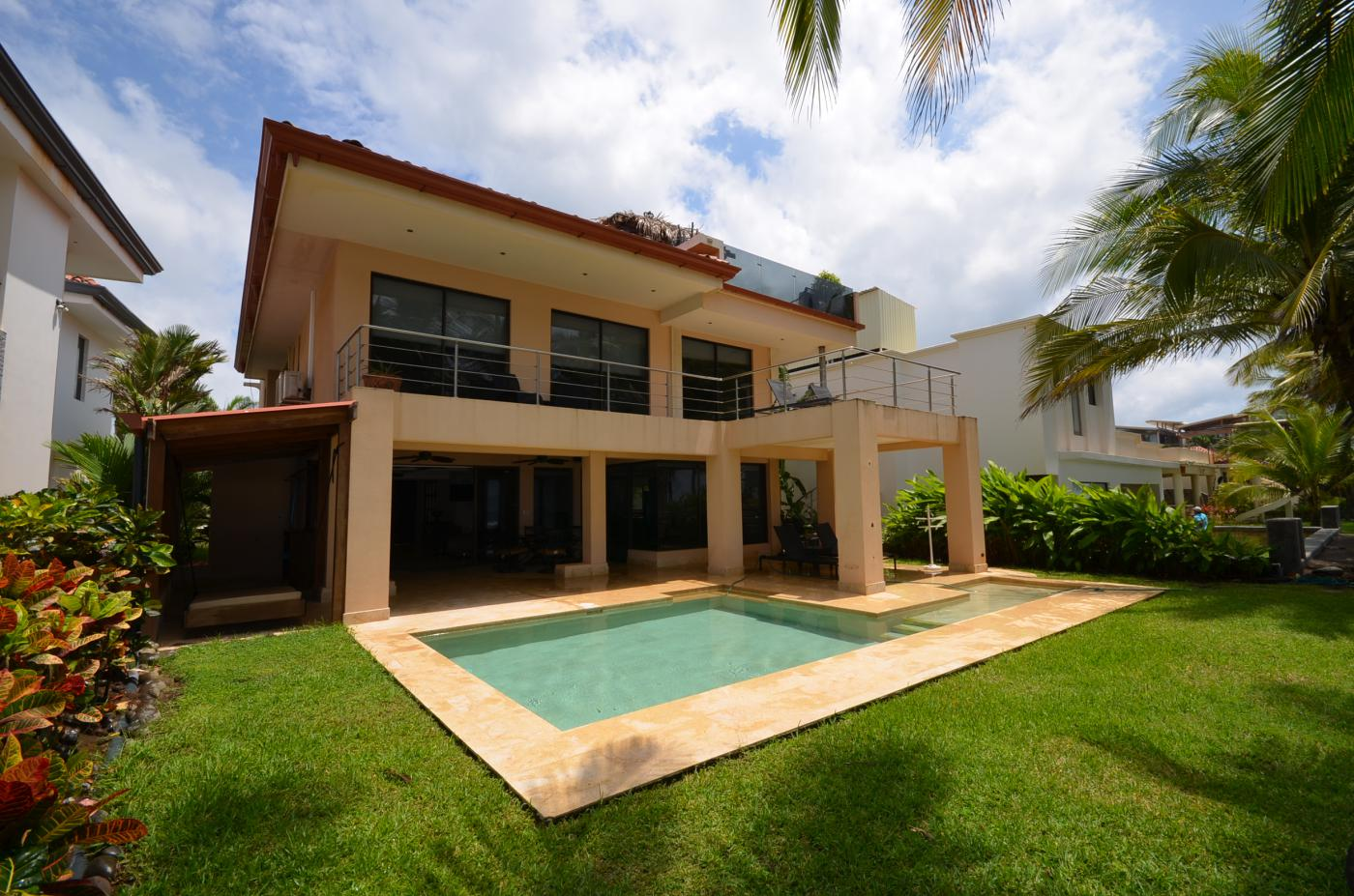 Beautiful Ocean Front Home For Sale