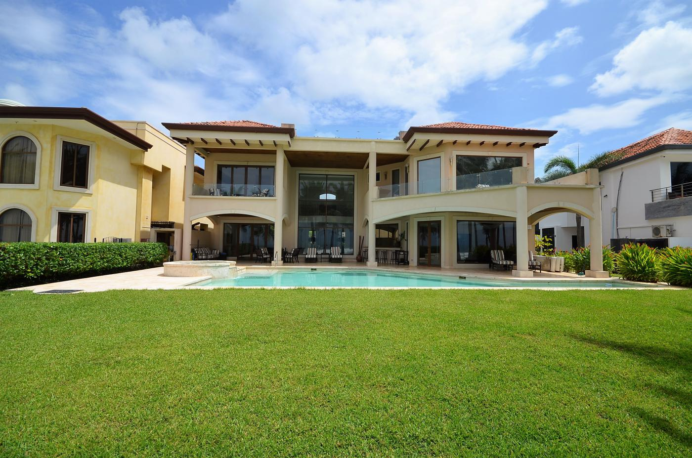 Titled Luxury Ocean Front home