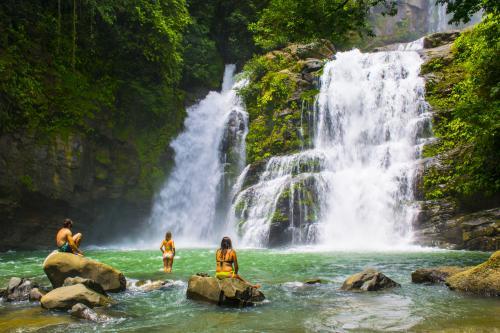Nauyaca Waterfall Tour
