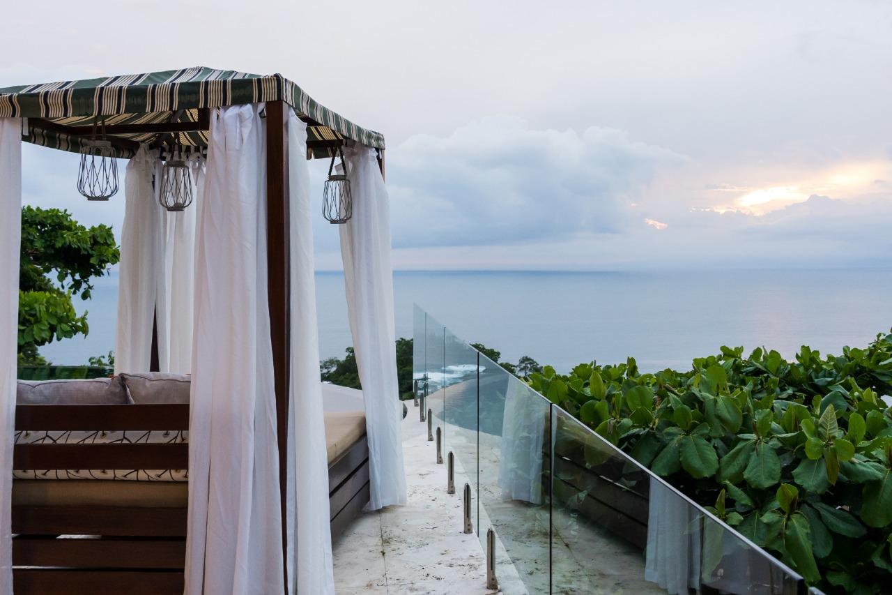 Exclusive Luxury Home Casa Faro Azul (16)