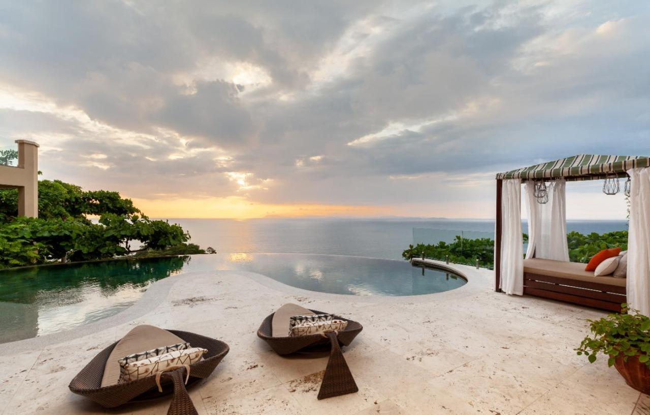 Exclusive Luxury Home Casa Faro Azul (5)