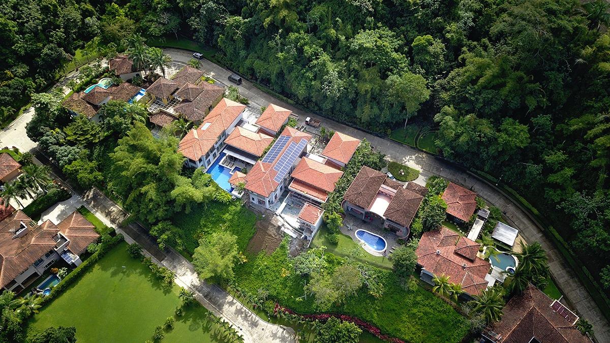 Los Sueños Colonial Style Home (12)