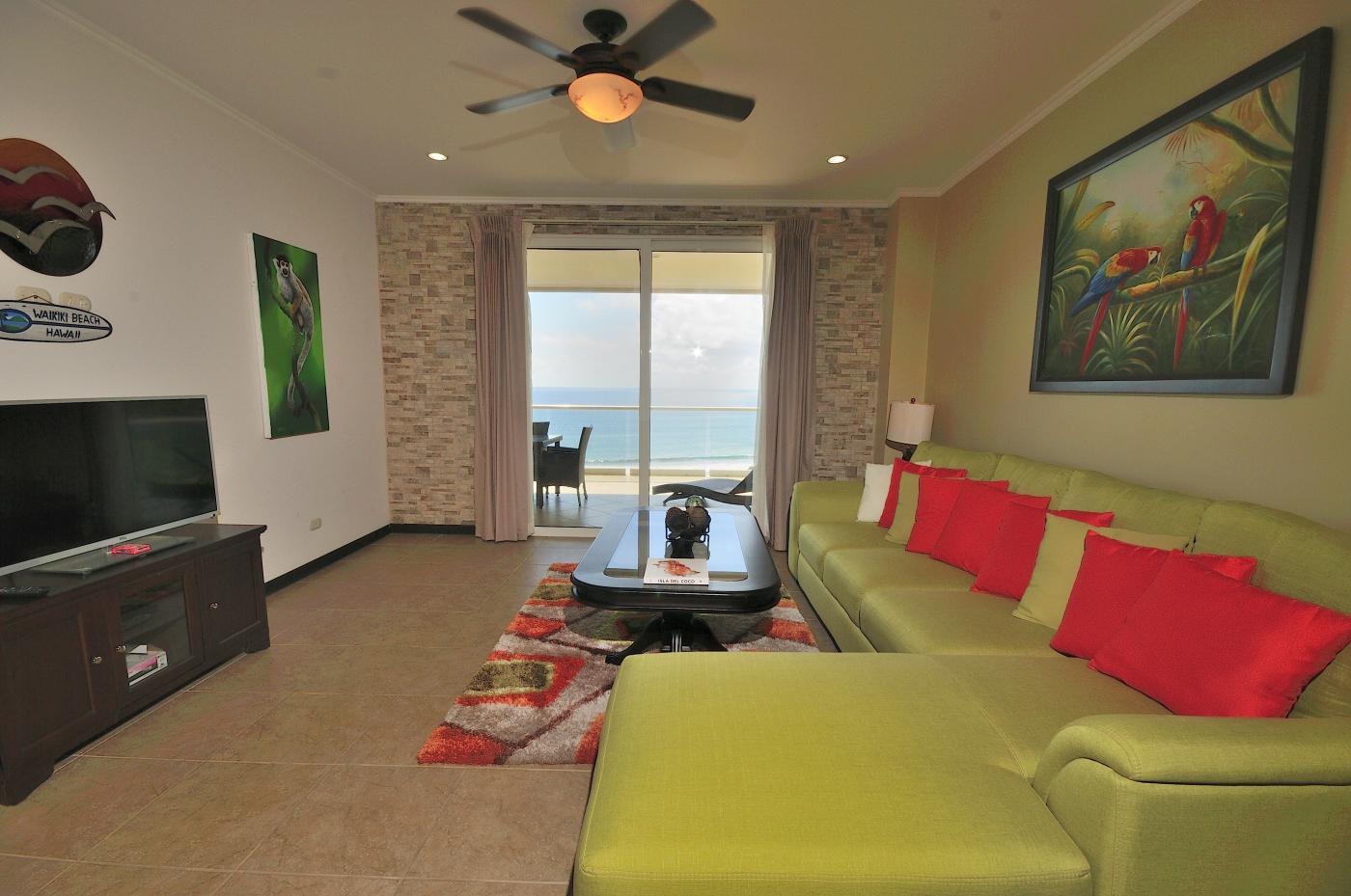Luxury oceanfront condo For Sale 1101 (4)