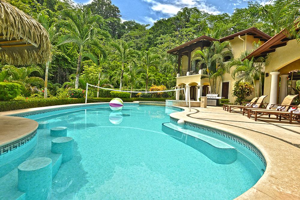 Paradise House (d)