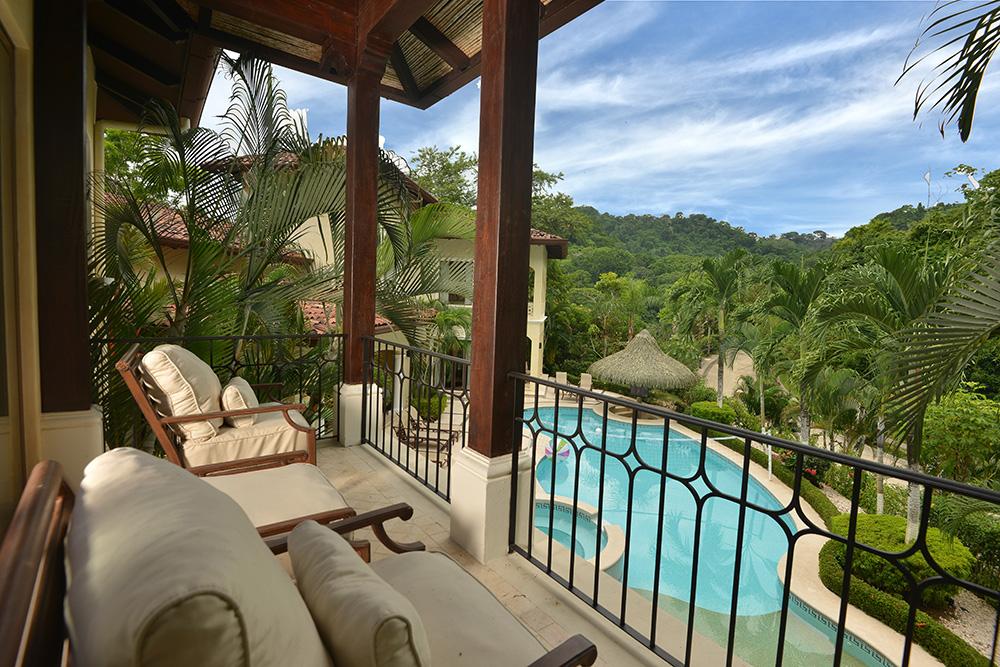 Paradise House (l)