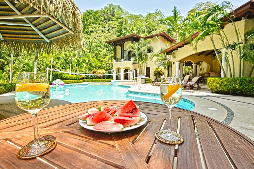 Paradise house (a)
