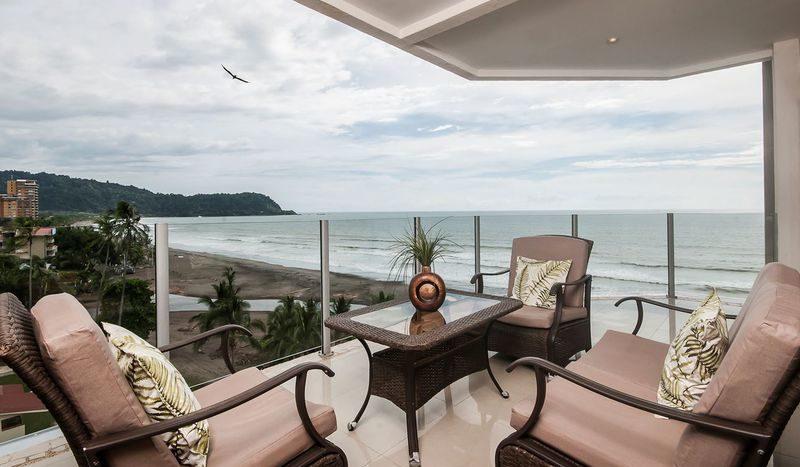 Costa Rica Luxury Life Style (e)
