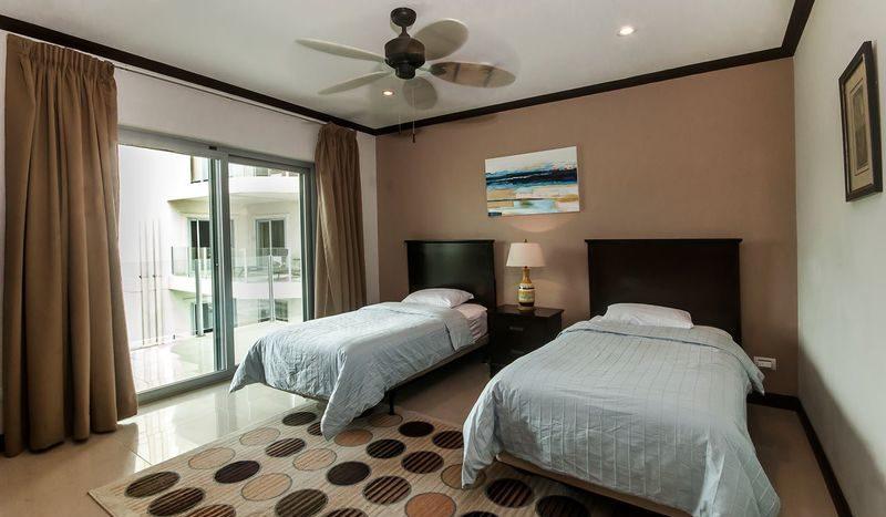 Costa Rica Luxury Life Style (k)
