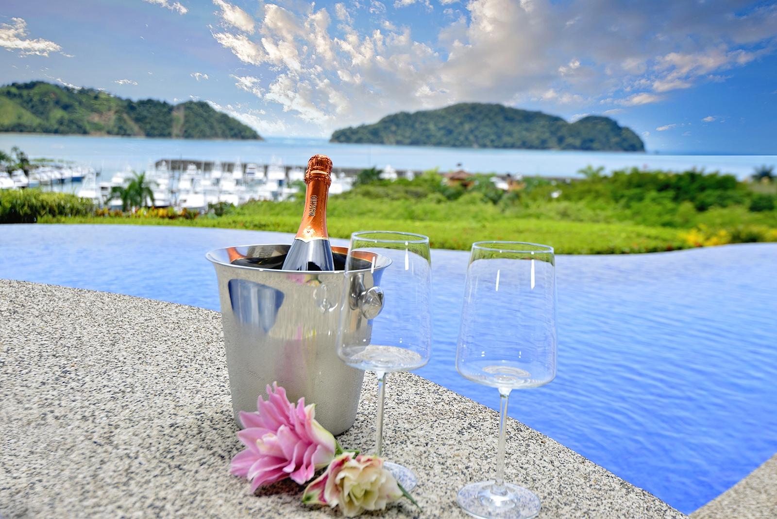 Costa Rica Luxury Life Style (l)