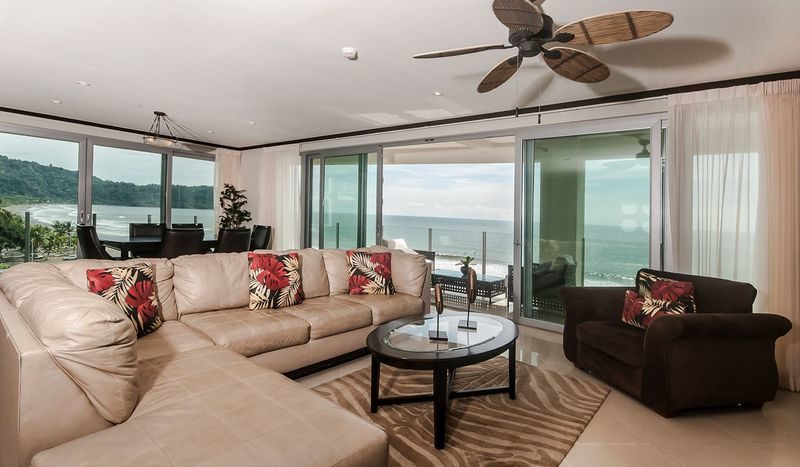 Costa Rica Luxury Life Style (n)