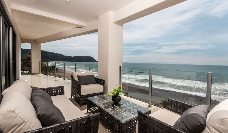 Costa Rica Luxury Life Style (o)