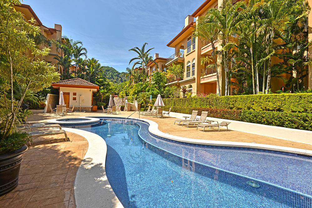 Costa Rica Luxury Life Style (7)