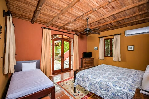 los-suenos-resort-luxury-home-rental (15)