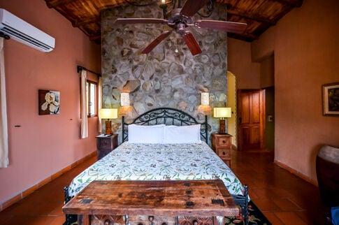 los-suenos-resort-luxury-home-rental (32)